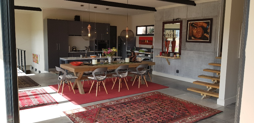 Steel Frame Construction | Dining and kitchen